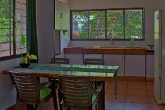 Green-Kitchen_dining.jpg_s